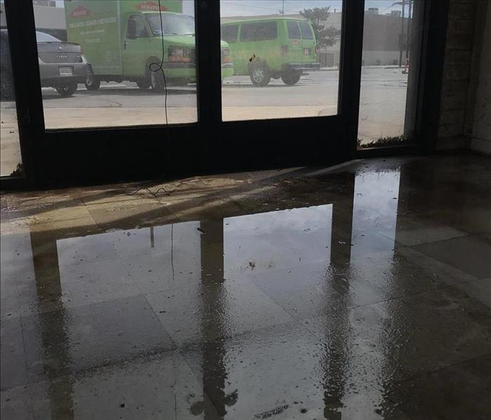 Water damages to a commercial property in Van Nuys, CA